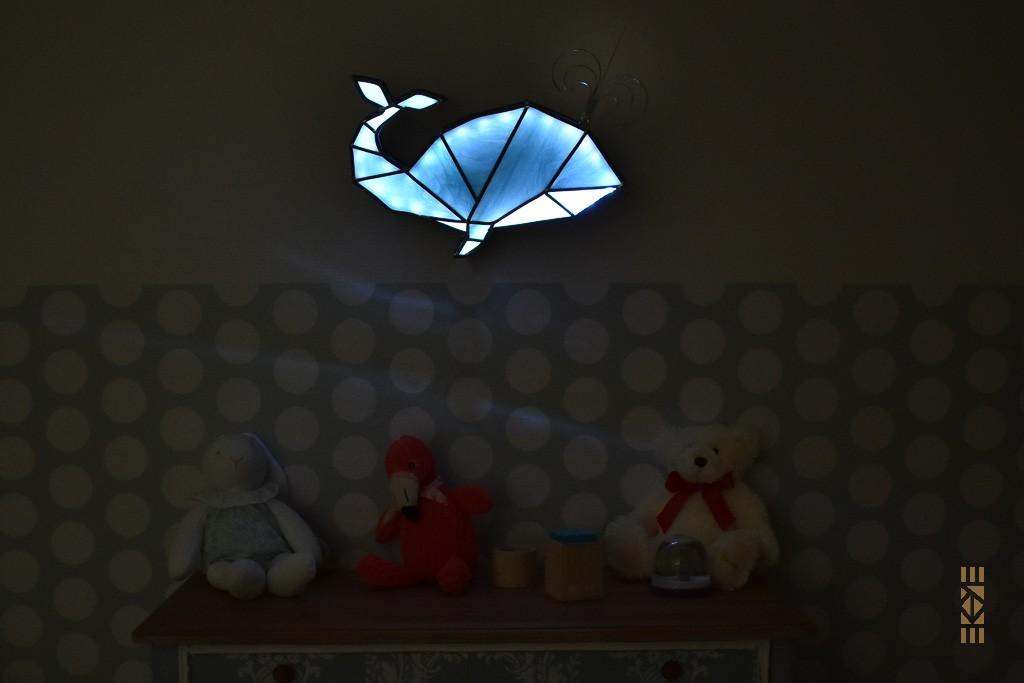 Veilleuse Baleine | Le Bourdon et la luciole | Ekaye | Chambre enfant